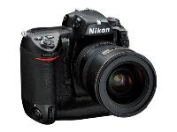 Nikon D2H Set Digital Camera