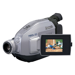Panasonic PVL-454 Digital Camcorder   27MP  20x Opt  750x Dig  2 5  LCD