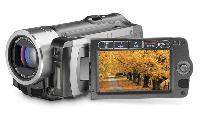 Canon VIXIA HF100 (16 GB) HDD Camcorder