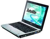 Toshiba Satellite Notebook w/Travel Kit (1017996) PC Notebook