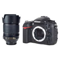 Nikon D7000 Digital Camera with 18-105mm lens