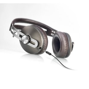 Sennheiser MOMENTUM Closed Over-Ear Headphone